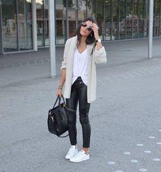"""Federica L. on Instagram: """"Comfy Look : tous les détails de cette tenue sont sur le blog! ➜ www.junesixtyfive.com #ootd #sudexpressparis #hipanema"""""""
