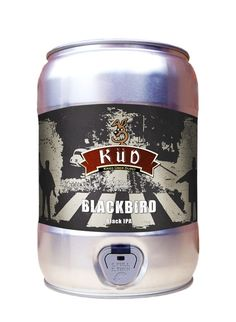 Cerveja Blackbird Küd, estilo Black IPA, produzida por Cervejaria Küd, Brasil. 8.3% ABV de álcool.