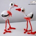 Yarn and Wire STORKS Lõngast ja traadist toonekured Diy For Kids, Crafts For Kids, Arts And Crafts, Activities For Kids, Baba Marta, Deco Kids, Sculpture Lessons, Fibre And Fabric, Bottle Cap Crafts