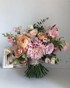 Floral Arrangements, Floral Wreath, Bouquet, Wreaths, Bridal, Flowers, Instagram, Home Decor, Rose Flower Arrangements