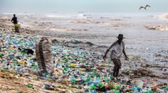 Plastic waste in Accra, Ghana. It takes 450 years for some plastics to biodegrade. Accra, Ghana, Plastik Recycling, Plastic Food Packaging, Marine Debris, Marine Ecosystem, Clean Beach, Plastic Design, Pictures Of The Week