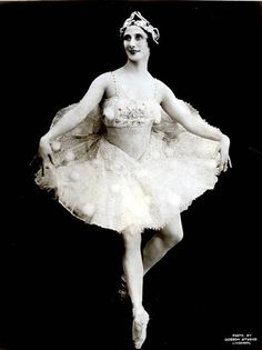 Anna Pavlova with the Imperial Ballet of Russia;1931