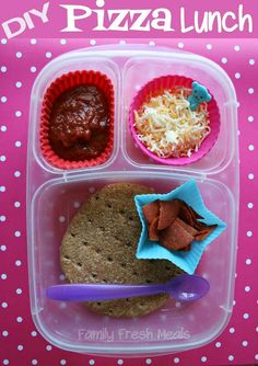 How to Make Your Own Pizza Lunchables | FamilyFreshMeals.com