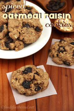 Spiced Oatmeal Raisin Cookies -- can you guess the secret spice? They're so soft and sweet; nobody will ever guess that they're actually skinny! Healthy Cookie Recipes, Healthy Cookies, Healthy Baking, Healthy Desserts, Delicious Desserts, Yummy Food, Chef Recipes, Baking Recipes