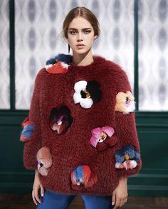 Daily Cristina | Inspiração | Pêlo colorido | Colored Fur | Inspiration | Velvet | Moda | Fashion | Trends | Fendi