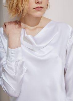 Blusa de seda con escote cascada - ADOLFO DOMINGUEZ Woman Spring Summer 2016