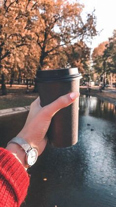 Wallpaper 155 - Best of Wallpapers for Andriod and ios Coffee Photography, Autumn Photography, Girl Photography Poses, Creative Photography, Story Instagram, Foto Instagram, Autumn Aesthetic, Aesthetic Photo, Fall Pictures