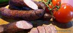 Domowa wędzona kiełbasa chłopska | Kulinarne przygody Gatity - przepisy pełne smaku Home Made Sausage, Homemade Sausage Recipes, Smokehouse, Kielbasa, Charcuterie, Pork, Meat, Poland, Sausages