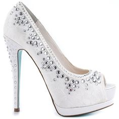 Vow By Betsey Johnson Wedding Shoes In Ivory (67.955 CLP) ❤ liked on Polyvore featuring shoes, pumps, bridal shoes pumps, bride wedding shoes, ivory pumps, evening shoes and peeptoe pumps