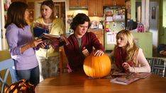 Watch The Middle Season 8 Episode 03 Halloween VII: The Heckoning Online The Middle Tv Show, Charlie Mcdermott, Greer Grammer, Patricia Heaton, Episode Guide, Season 8, Halloween Season, Pumpkin Carving, Tv Shows