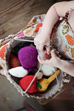 To market (Free Knitting Pattern)