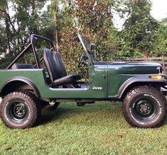 Jeep Willys, Jeep Jeep, Jeep Wrangler, Jeep Scout, Vintage Jeep, Car Illustration, Jeep Stuff, New Trucks, Jeep Life