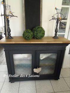 comment relooker un meuble patine sur meuble blog relookeurs portraits meubles anciens. Black Bedroom Furniture Sets. Home Design Ideas