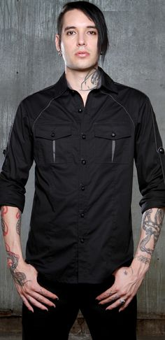 Black button up long sleeve shirt for the office and not having to worry about going over board on the buckles and straps. Gothic Fashion Men, Gothic Men, Dark Fashion, Mens Fashion, Gothic Hairstyles, Cool Hairstyles For Men, Hairstyle Men, All Black Men, Goth Guys