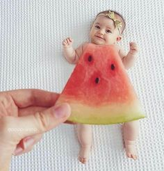 6505 Likes 127 Comments Sharing Inspiration Worldwide. ( on Insta Schwangerschafts Fotos rezepte mittagessen rezepte mittagessen baby 1 jahr baby 10 monate baby led weaning So Cute Baby, Newborn Baby Photos, Baby Poses, Baby Girl Photos, Cute Baby Pictures, Newborn Pictures, Baby Newborn, Beautiful Pictures, Newborn Photography Poses