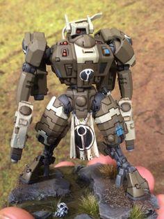 V nice tau commander with missile pod pistols