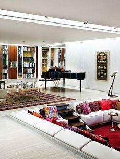 Miller House: Classic Mid-Century Modern Home for J Irwin Miller