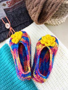 Knit Shoes   #handmade #handemadewithlove #handcraft #craft #crochet #crochetdoll #crochetpattern #amigurumi #amigurumidoll #amigurumipattern #etsy #etsyseller #catona #scheepjes #madeinjapan #編みぐるみ#羊毛フェルト#手芸 #ルームシューズ #Shoes #ボンボン #ポンポン #モチーフ #ponpon #kawaii #japan #order #present
