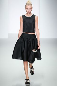Spring 2014 Ready-to-Wear - Simone Rocha