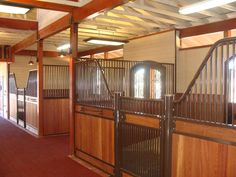 Savannah horse stalls - Innovative Equine Systems