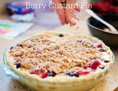 Berry Custard Pie - like a berries and cream pie #lmldfood #pieallyearlong