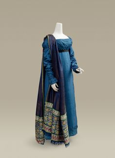 Dinner or evening dress ca. 1818 and shawl ca. 1805-20