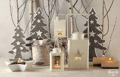 Natale TonoSUTono | Nordic Christmas - allestimento con lanterne, alberi in panno e candele tronco