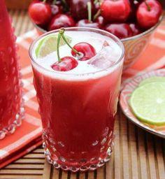 Detox water et smoothies: les boissons parfaites pour une cure de détox - Cosmopolitan.fr Un jus détox à la cerise