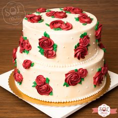 Cake Decorating Frosting, Cake Decorating Designs, Creative Cake Decorating, Cake Decorating Techniques, Cake Decorating Tutorials, Creative Cakes, Birthday Cake With Flowers, Cool Birthday Cakes, Buttercream Cake Designs