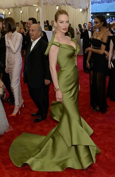 Actress Uma Thurman Wearing: Zac Posen Credit: Getty Images