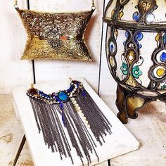 Necklace and bag in www.myla.es