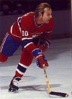 Guy Lafleur Canadiens de Montréal Go Habs Go ! Stars Hockey, Hockey Teams, Pens Hockey, Maurice Richard, Hockey Shot, Ice Hockey, Montreal Canadiens, Montreal Hockey, Canadian Football