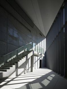 Design Sight Museum para o turismo de Tadao Ando. Cultural Architecture, Shadow Architecture, Japan Architecture, Light Architecture, Sustainable Architecture, Interior Architecture, Ancient Architecture, Landscape Architecture, Tadao Ando
