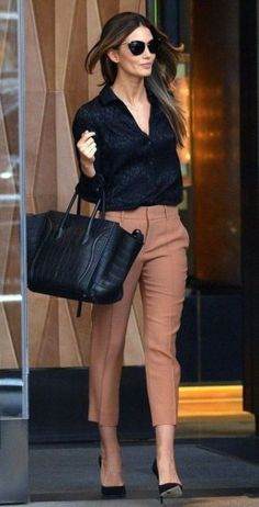 45 Best and Stylish Business Casual Work Outfit for Women fashion # fashion Trajes Business Casual, Best Business Casual Outfits, Casual Work Outfits, Winter Outfits For Work, Professional Outfits, Mode Outfits, Work Casual, Spring Outfits, Fashionable Outfits