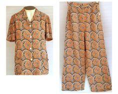 Vintage 40s 50s  Silk / Rayon Pajamas  --  Paisley  PJs  --  Junior / Petite XS  -- 0 / 2
