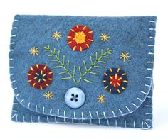 Felt coin purse Handmade coin purse Blue felt by PuffinPatchwork
