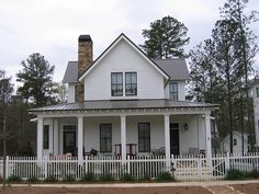 When I get to buy my own house, it will have an amazing front porch like this one.