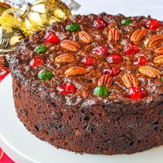 Old English Dark Fruit Cake , Old English Fruitcake. Dark and moist with plenty of spices and packed with plenty of sweet glacé fruit. It& been a Christmas tradition in my family for decades. Rock Recipes, Holiday Baking, Christmas Baking, Christmas Christmas, Baking Recipes, Dessert Recipes, Fruit Cake Recipes, Moist Fruit Cake Recipe, Recipes Dinner