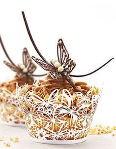 Callebaut - Celebration or Wedding Cake Cupcake