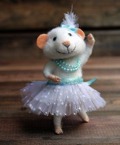 22 ideas of toys made of wool | PicturesCrafts.com