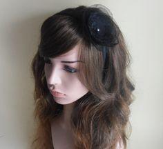 16,-  //  Haarreif echte Perle Fascinator schwarz Haarblume von Cosara auf DaWanda.com