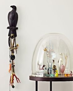 Love this sculptural too to hang all your necklaces. Federico de Vera.