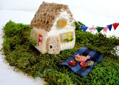 Crochet House Picnic
