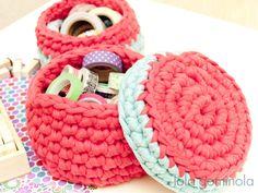 Cestos de trapillo Merino Wool Blanket, Crochet, Bonbon, Crochet Baby, Bushel Baskets, Notebooks, Trapillo, Tejidos, Knit Crochet