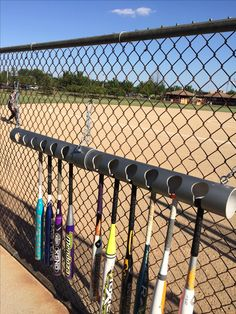 how to a bat rack for dugout