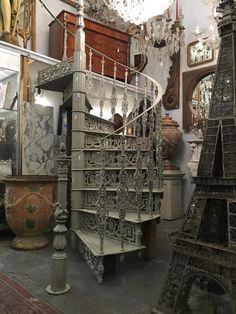 Escalier En Colimaçon En Fonte De Style Louis XVI