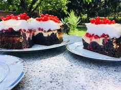 Ribisel-Mohn-Topfen-Torte mit Schneehaube Cheesecake, Desserts, Food, Cake Ideas, Dessert Ideas, Poppy Seed Cake, Birthday, Tailgate Desserts, Deserts
