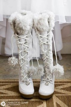 59 Cool Winter Bridal Shoes, Boots and Flats To Get Inspired - Schuhe Ideen Winter Wedding Boots, White Winter Boots, Winter Wonderland Wedding, Winter Weddings, Cozy Wedding, White Boots, Winter Shoes, Trendy Wedding, Wedding Ideas