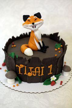 Fox cake - by Neva @ CakesDecor.com - cake decorating website