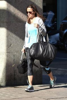 Pippa Middleton calm while out in London by working out at the gym